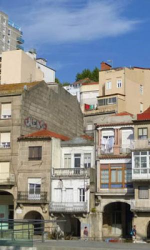 O Consorcio Casco Vello de Vigo adxudicará por 235.000 euros as obras de rehabilitación da edificación na ribeira do Berbés 41