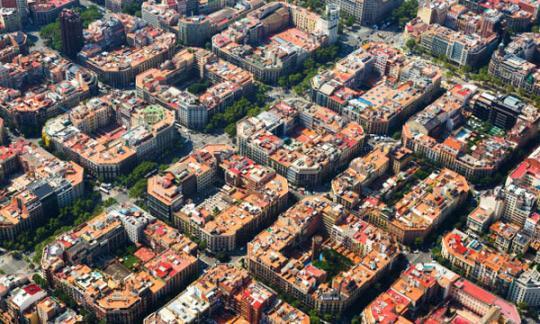O prezo do alugueiro descende ao mesmo ritmo en Barcelona e Madrid, a pesar da Lei catalá de limitación de prezos