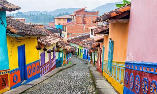 En Colombia comercialízanse 42.052 vivendas de interese social novas, unha porcentaxe inferior á de 2017